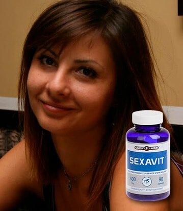 щастлива клиентка от действието на хапчетата за сексуална мощ Sexavit